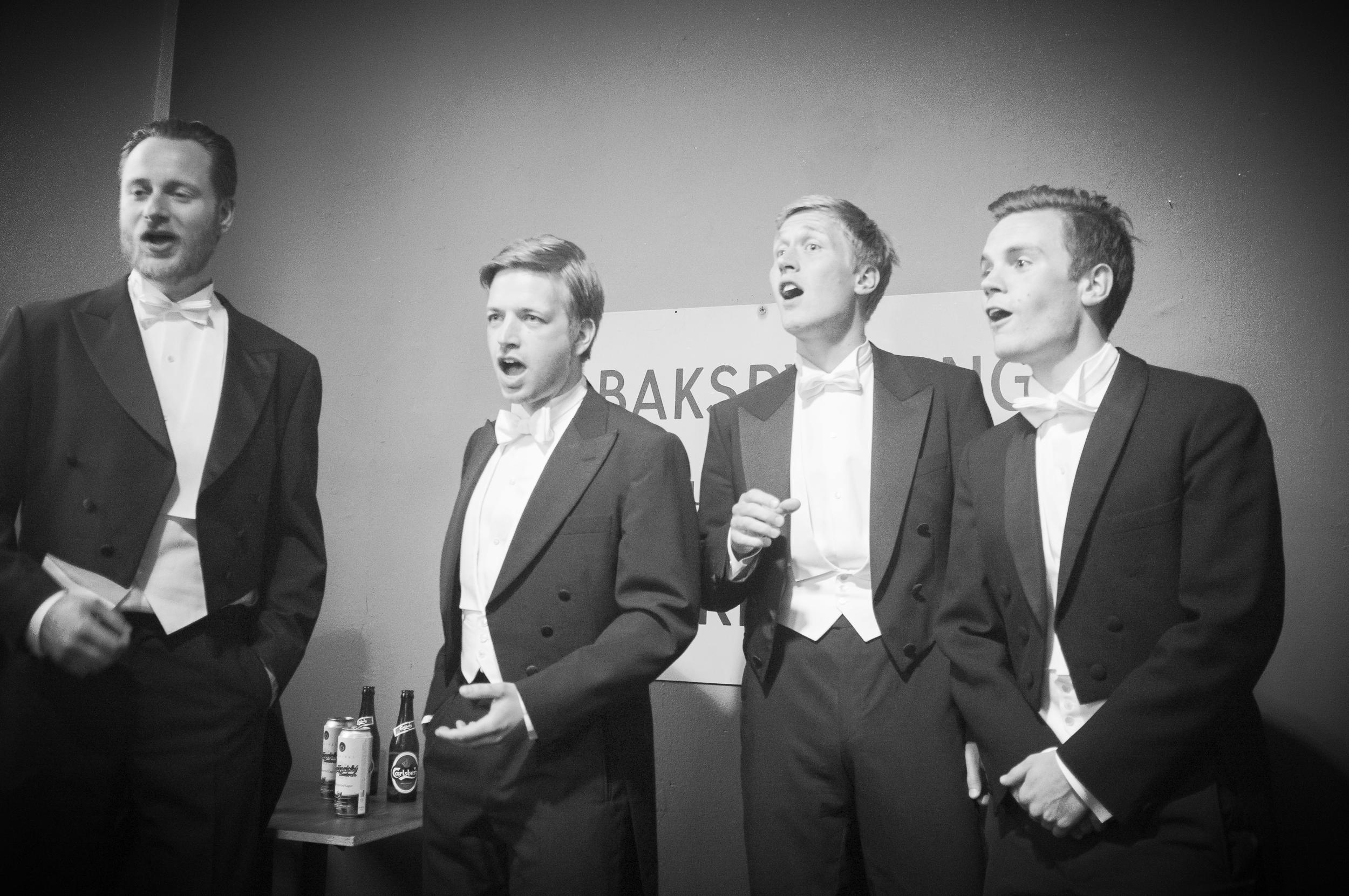 Debut koncert på VogelKop, Vesterbro 2013.