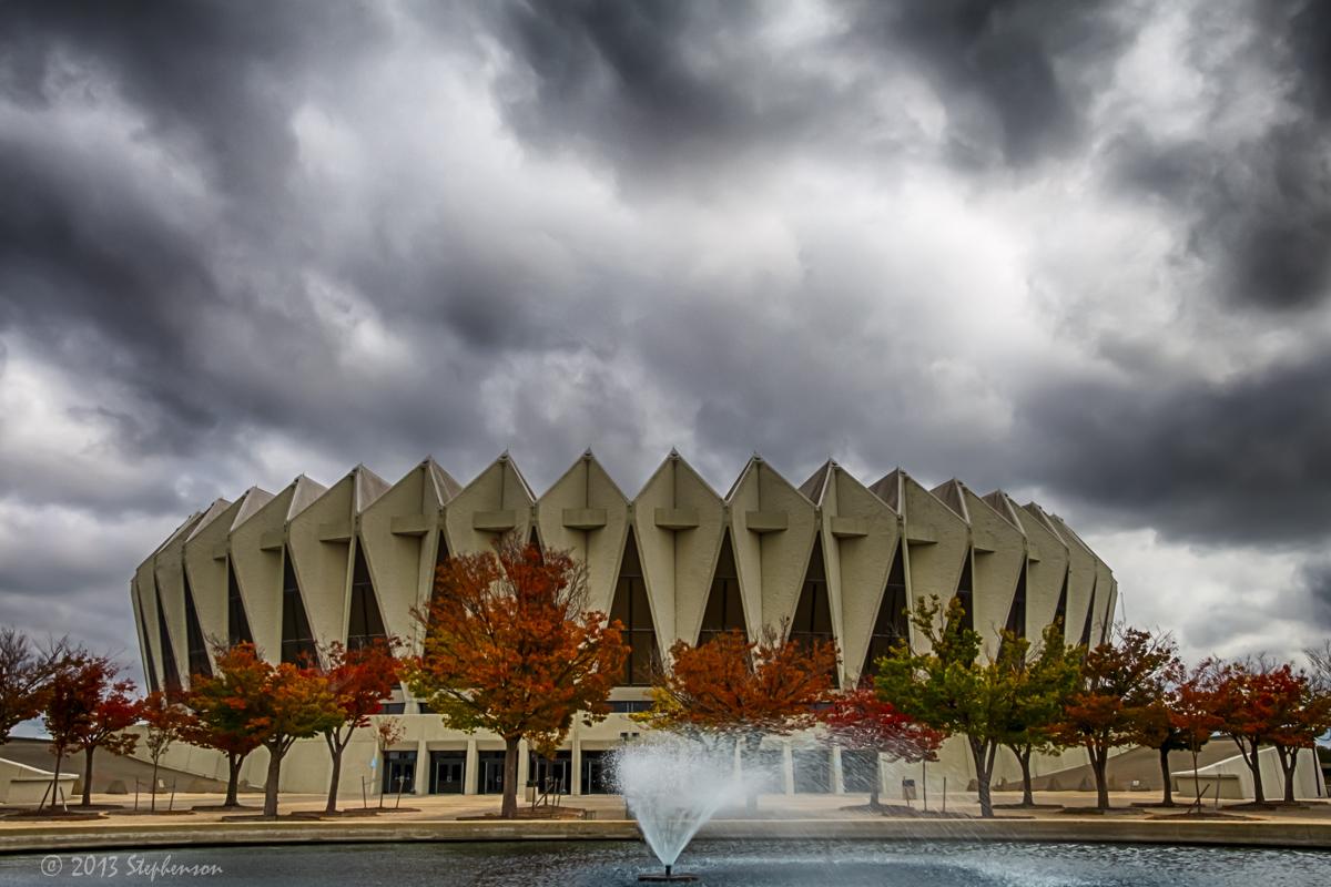 Hampton Coliseum HDR.jpg