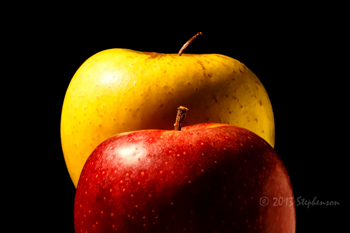 apples red and yellow.jpg