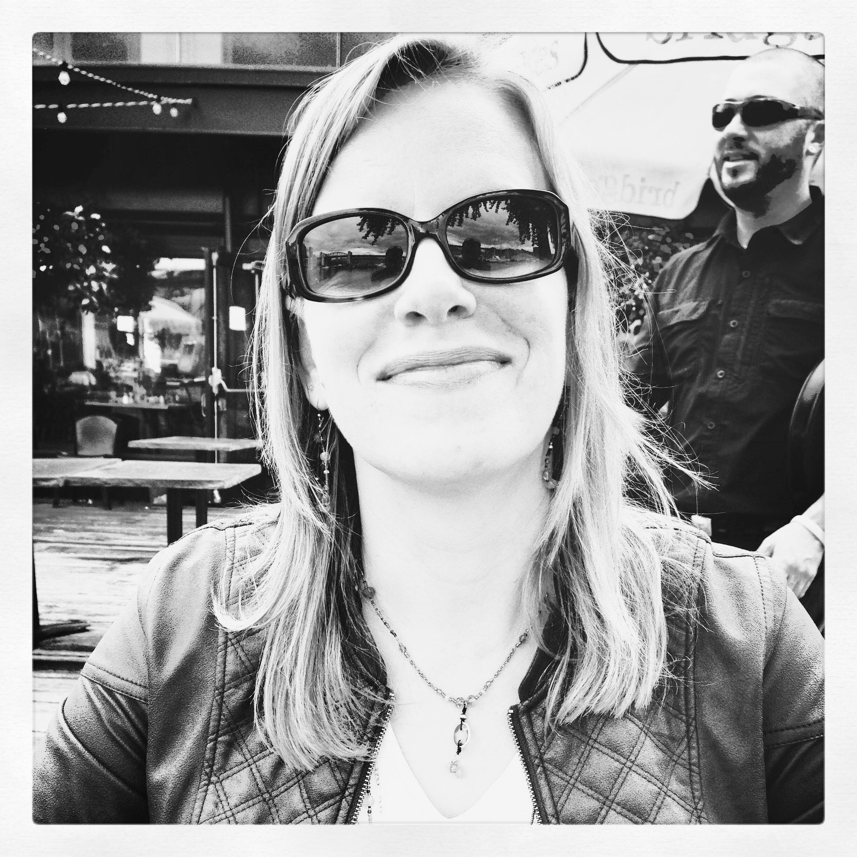 Nikki Van Dusen, MA President, NikComm Inc.