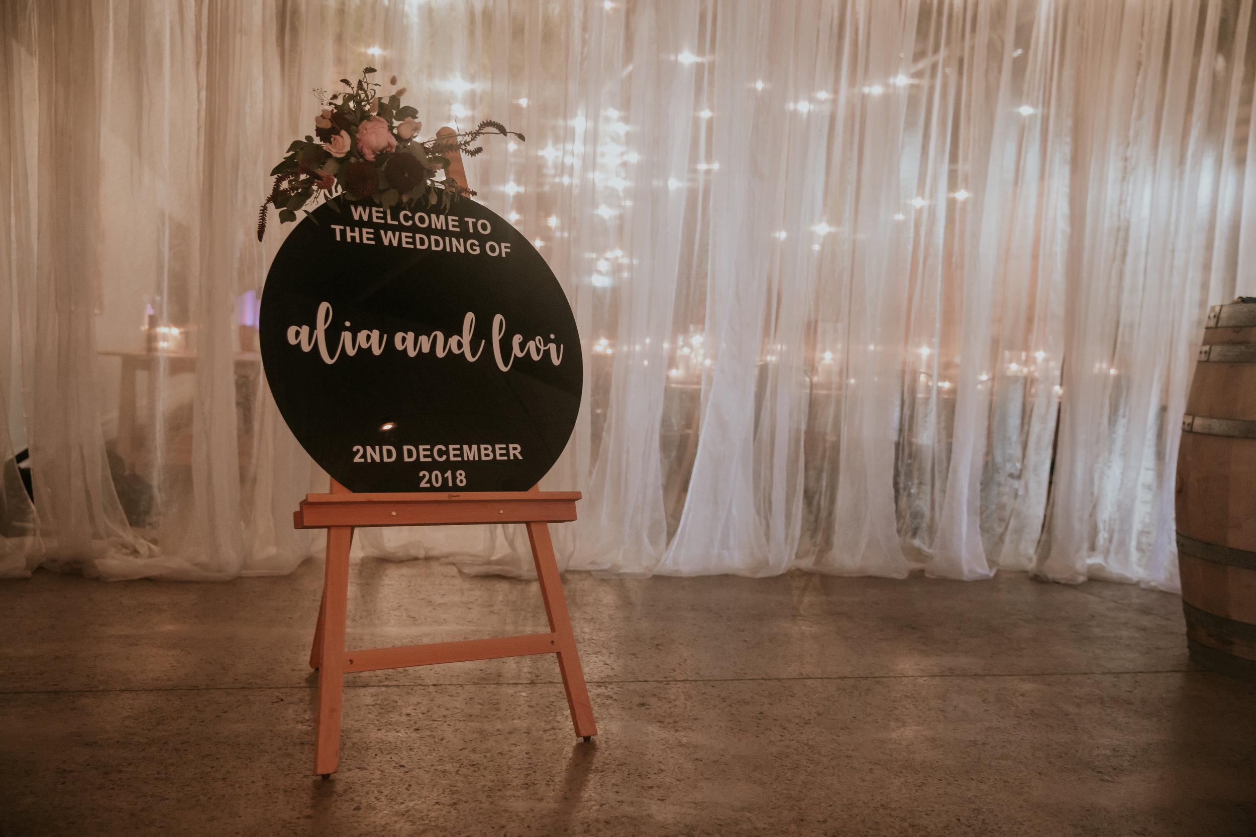 W.Travis-Benny-weddings-wedding-photographer-adelaide-Alia-Levi-1-706.jpg