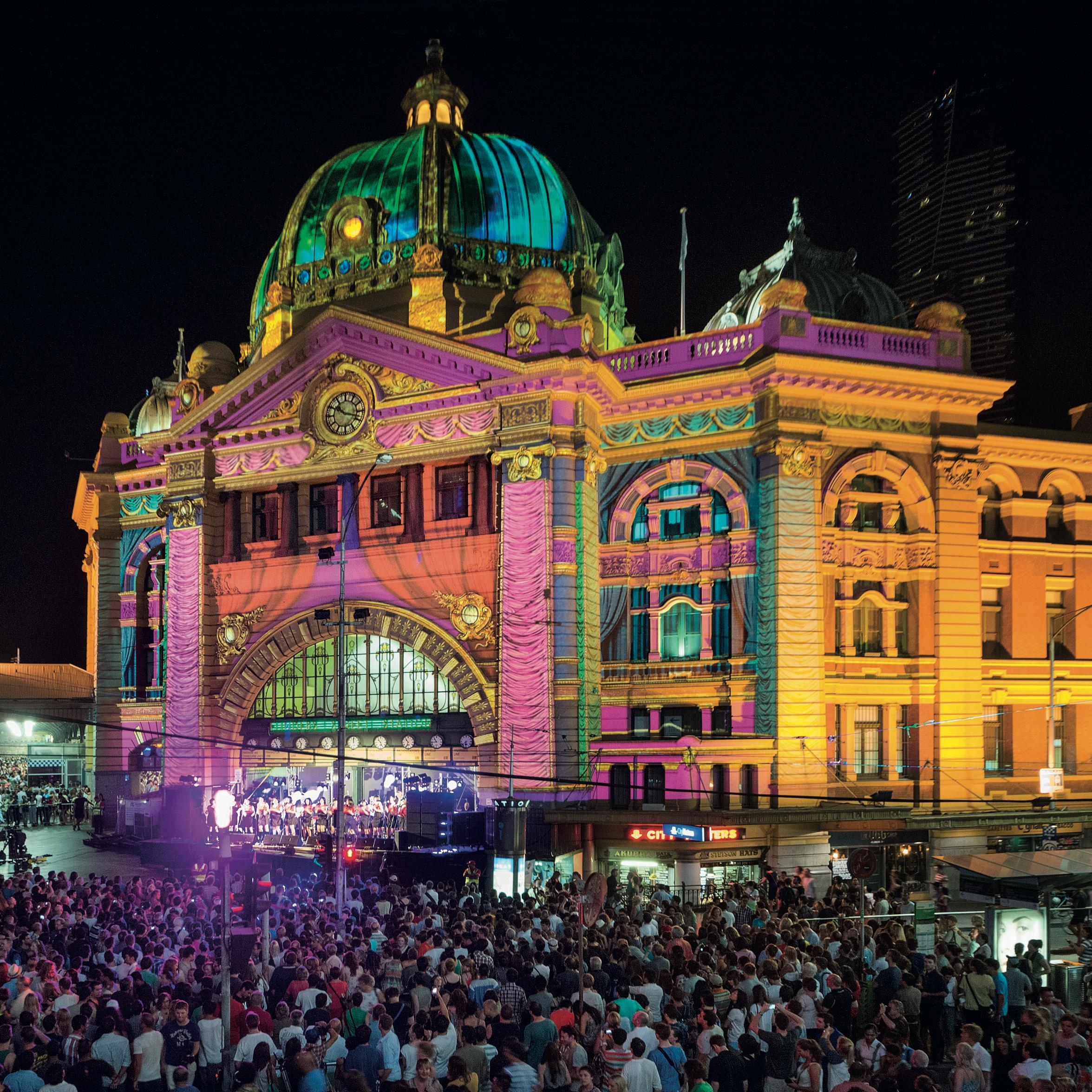 White Night Melbourne 2013 Credit John Gollings.jpg