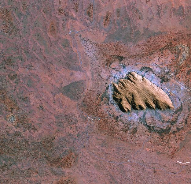 Uluru (Ayers Rock), Central Australia.