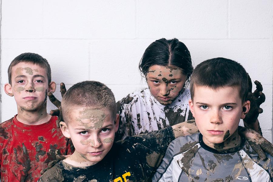 mud_fight-03.jpg