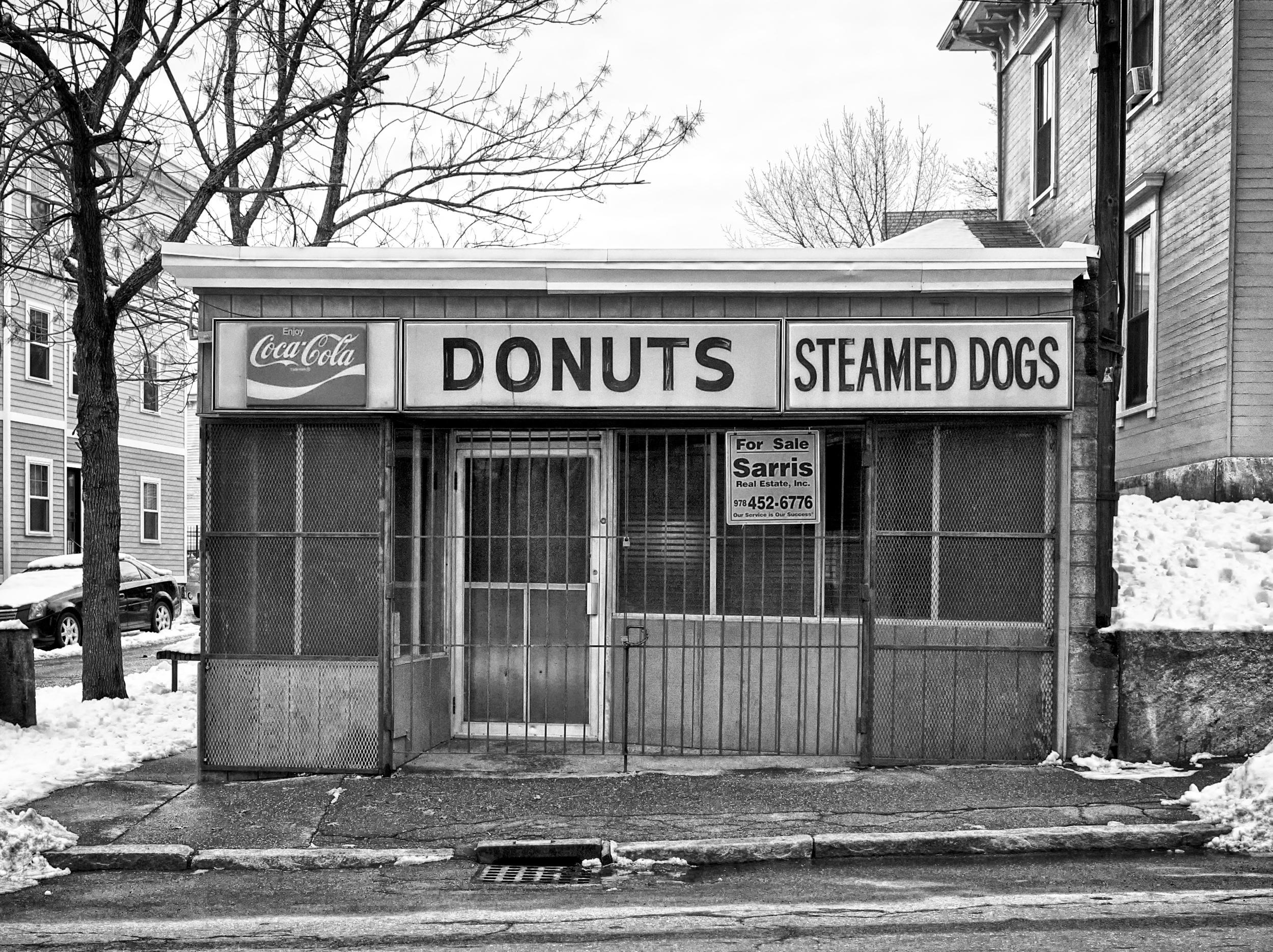 DonutsBandW_HDR.jpg