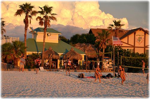 Undertows Bar & Grill - St Pete Beach, FL