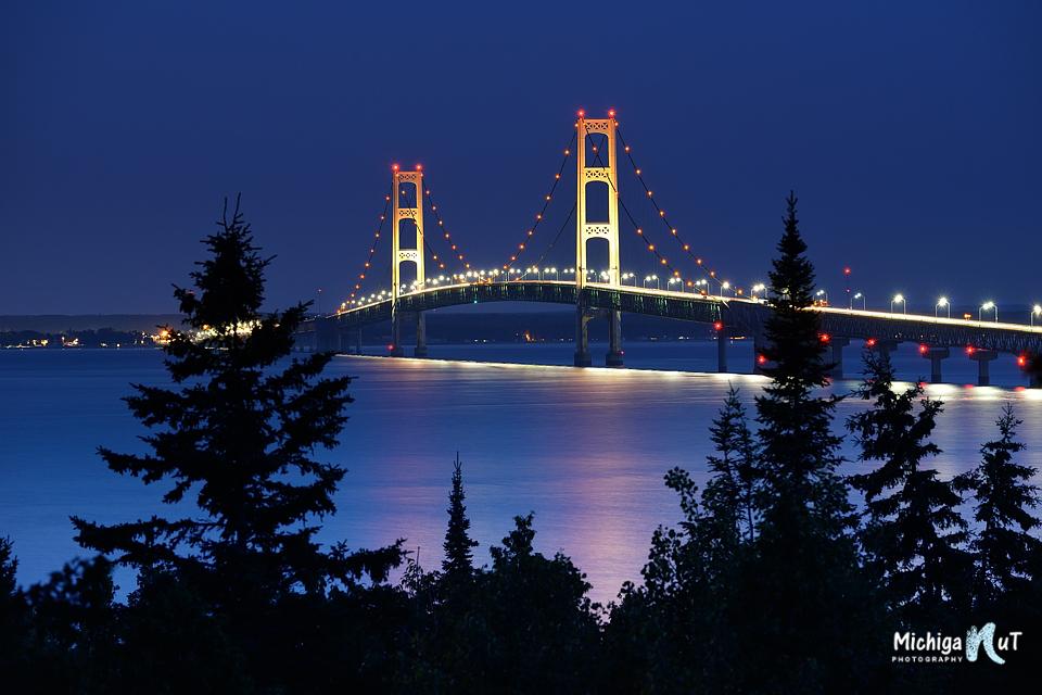 Mackinac Bridge Night shot from Straits State Park.jpg