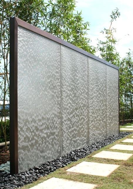 amazing-outdoor-water-walls-29.jpg