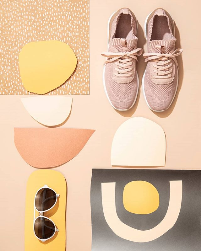 • • • • • Shoes: @zara #modern #stilllifephotos #sunglasses #accessories #shapes #contemporary #eyewear #cuttingshapes #shades #sunnies #glasses #lines #geometric #patterns #colorpalette #colorplay #abstract #neutrals #popsofcolor