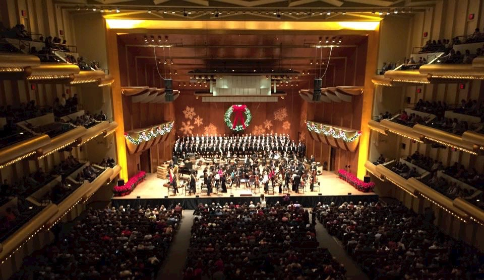 New York CIty Gay Men's Chorus with the New York Philharmonic Orchestra, Avery Fisher Hall, December 2015