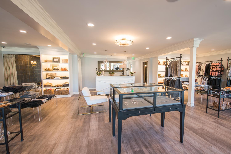 Tenue_Boutique_modern_industrial_retail_interior_design.jpg