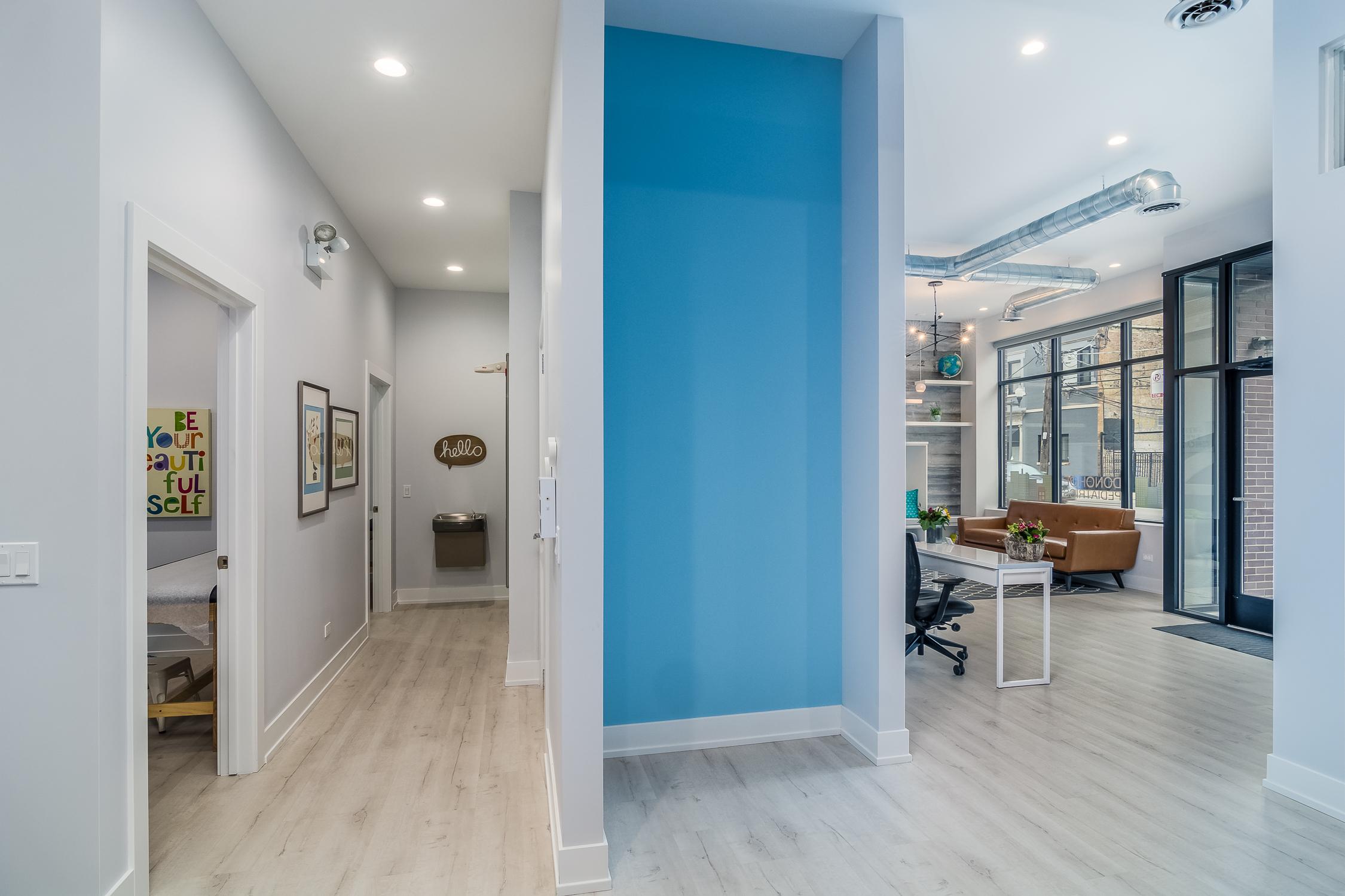 Modern open office design.jpg