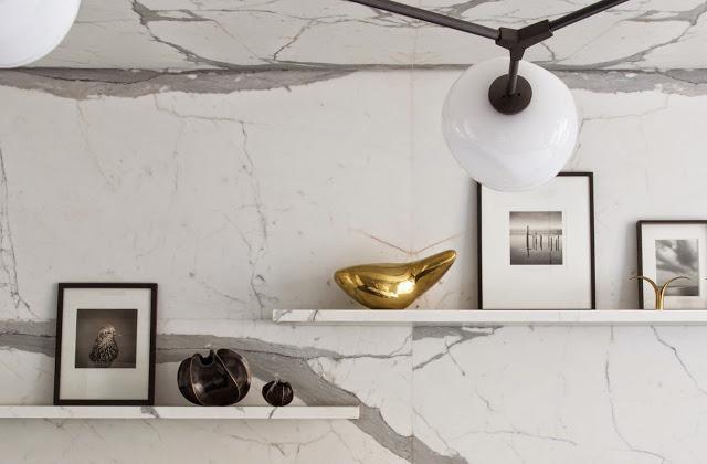 modern-kitchen-eat-in-oval-table-modern-light-marble-slab-backsplash-cococozy-damienlangloismeurinne-cu.jpg