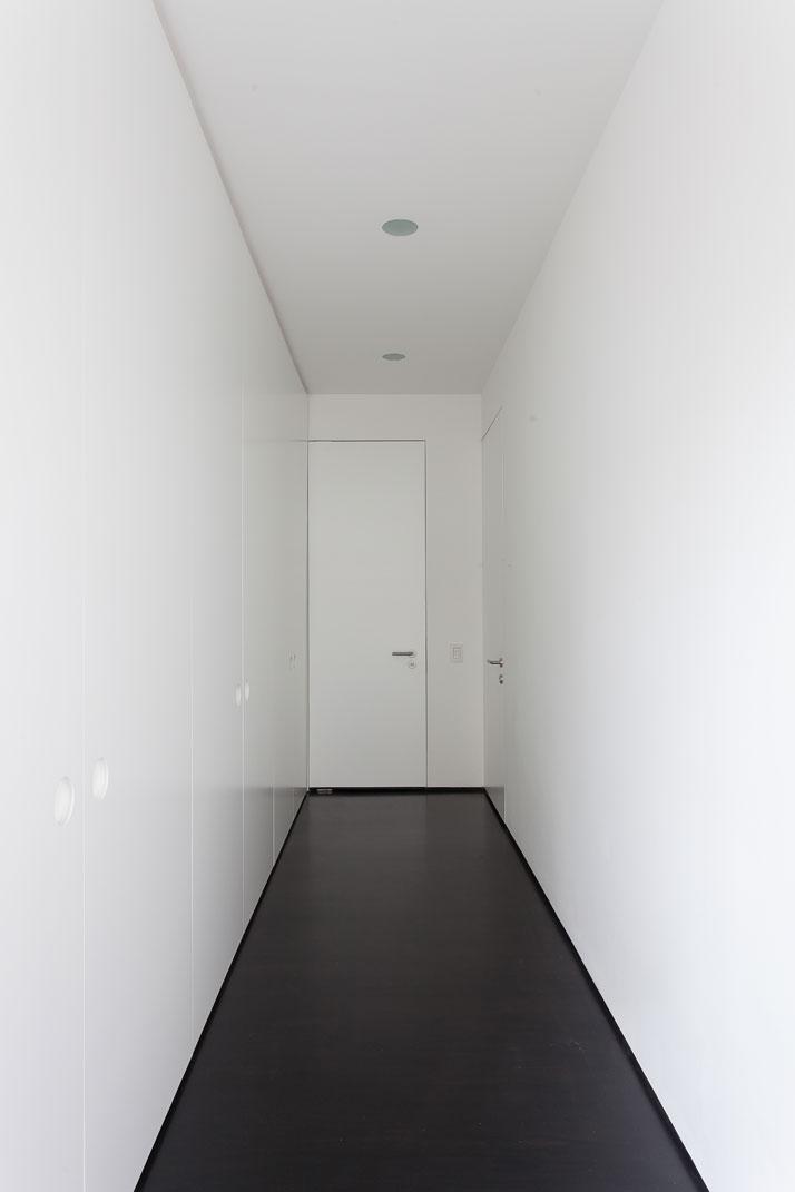 15-Apartamento-Sergipe-Sao-Paulo-Brazil-Felipe-Hess-Ricardo_Bassetti.jpg