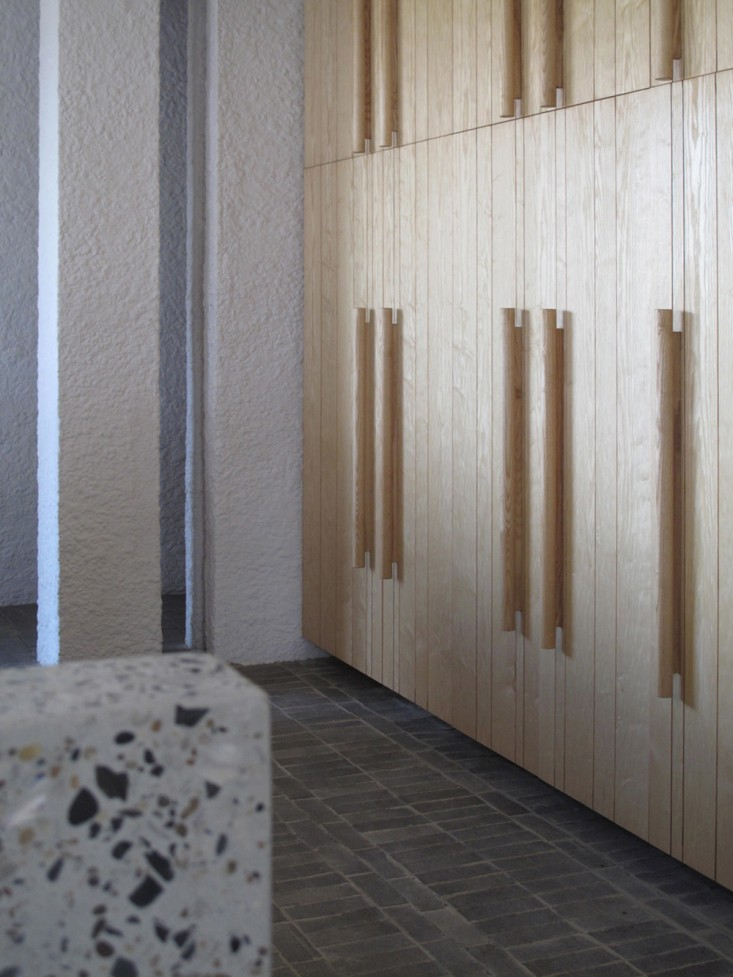Swartberg-House-by-Openstudio-Architects-Great-Karoo-South-Africa-Remodelista-10.jpg