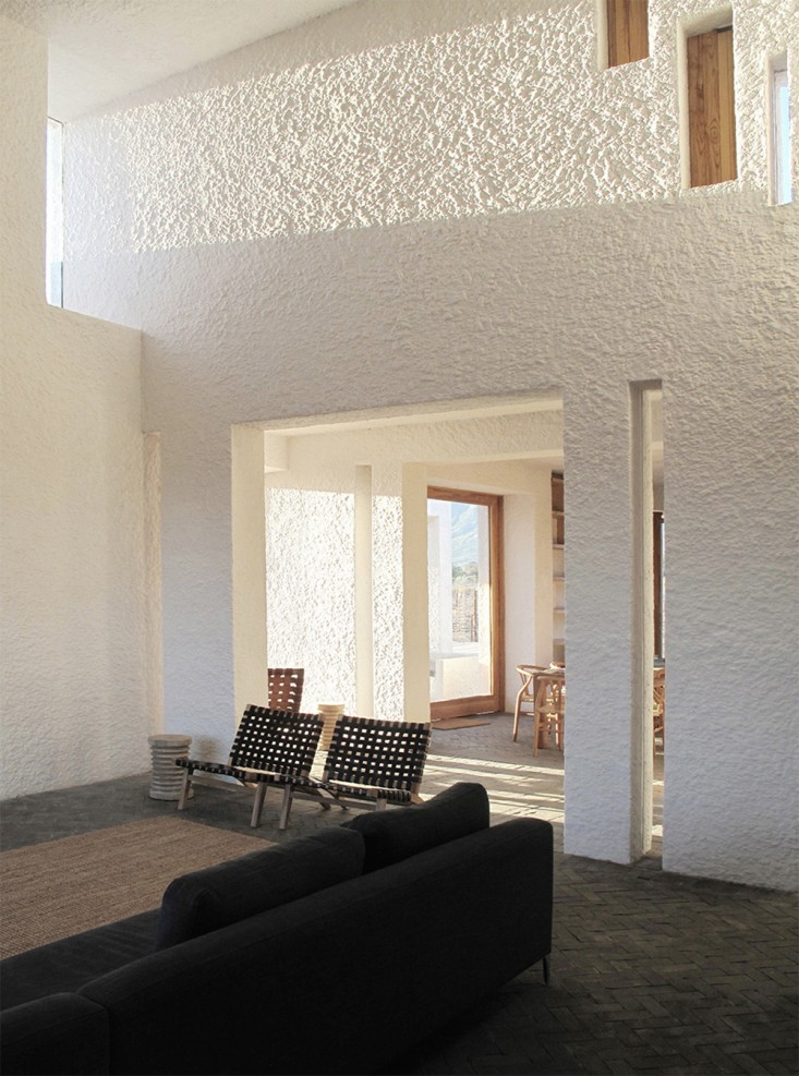 Swartberg-House-by-Openstudio-Architects-Great-Karoo-South-Africa-Remodelista-14.jpg