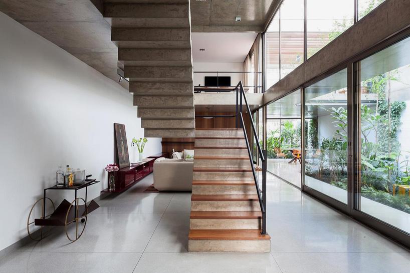 CR2-arquitetura-casa-jardins-house-interiors-sao-paulo-brazil-designboom-02.jpg