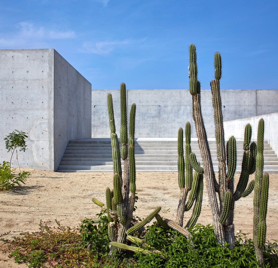 Casa-Wabi_Bosco-Studio-House_Tadao-Ando_Puerto-Escondido_Oaxaca_Mexico_dezeen_936_5.jpg