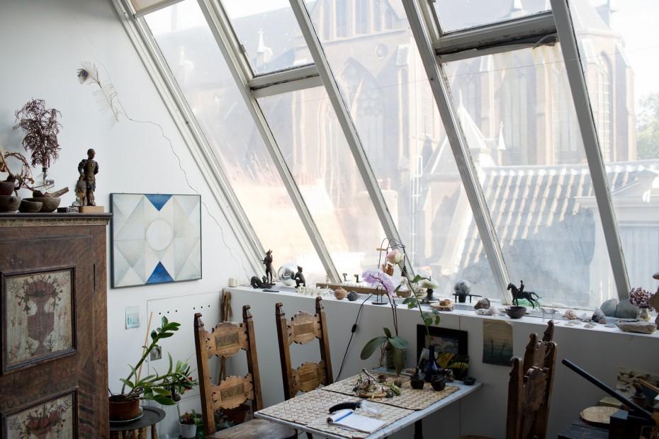 Freunde-von-Freunden_Gisele-dAilly-van-Waterschoot-van-der-Gracht-028-930x620.jpg