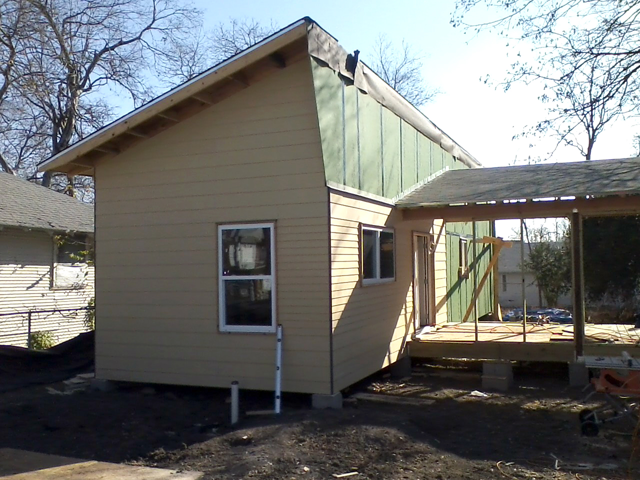 sustainABLEhouse under construction in Dolphin Heights.