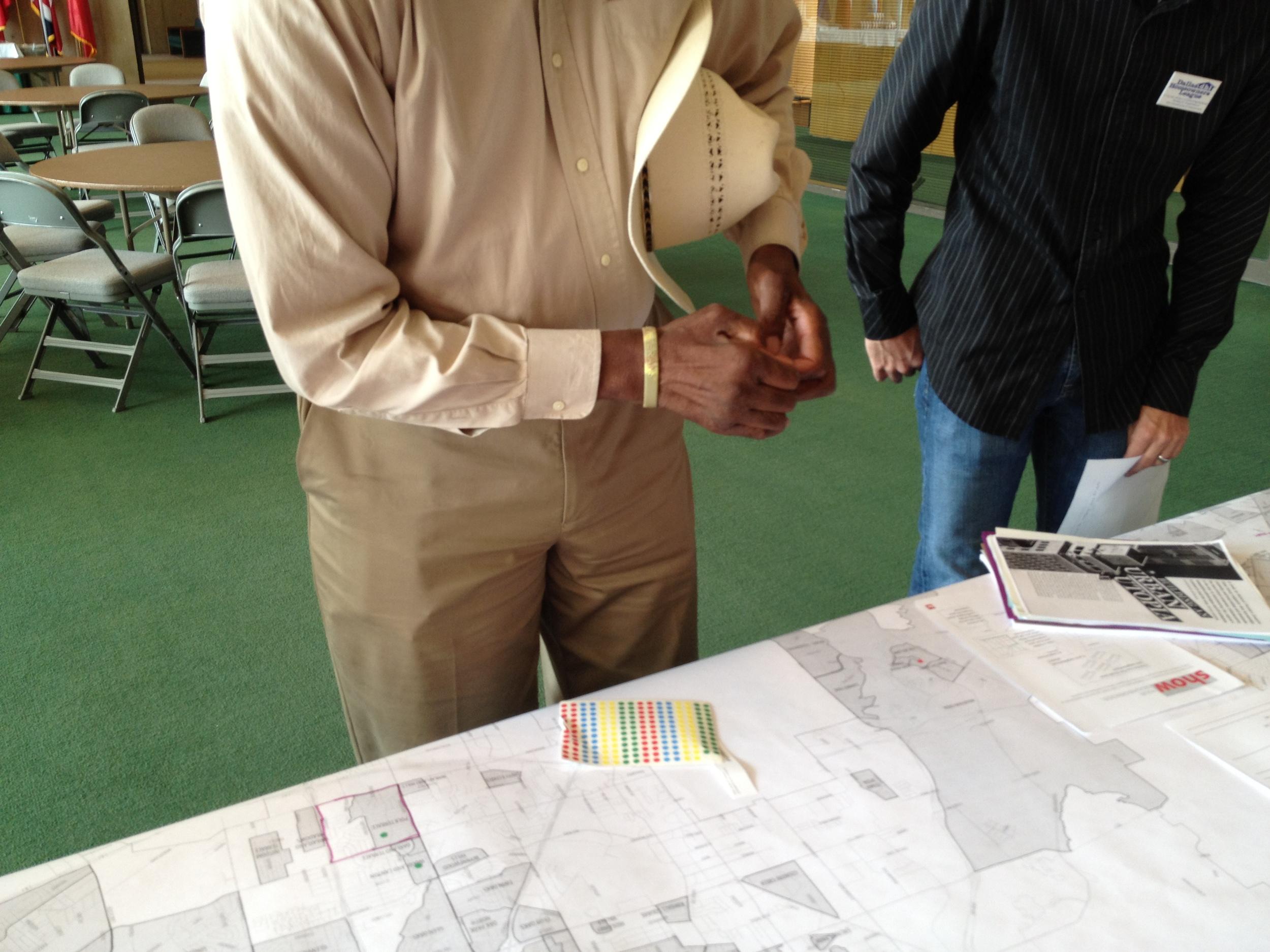 A Twin Oaks resident confirms his neighborhood's boundaries.