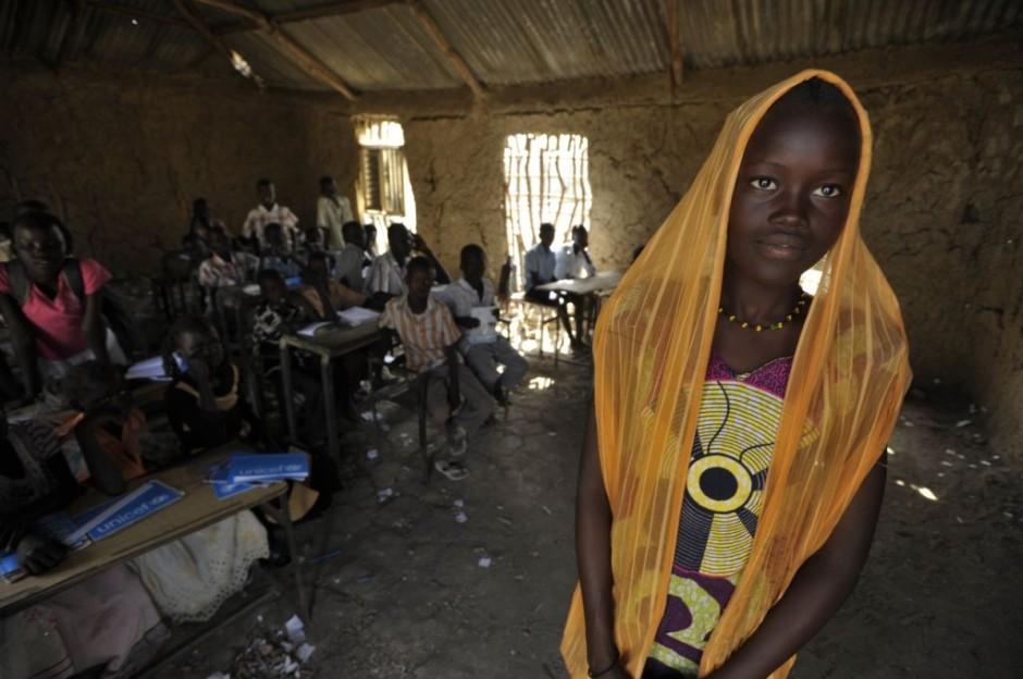 A Sudanese girl in school in the town of Malakal.jpg