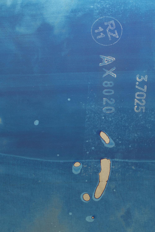 Detail of Untitled , 2014,20 x 25 cm,Anodized titanium