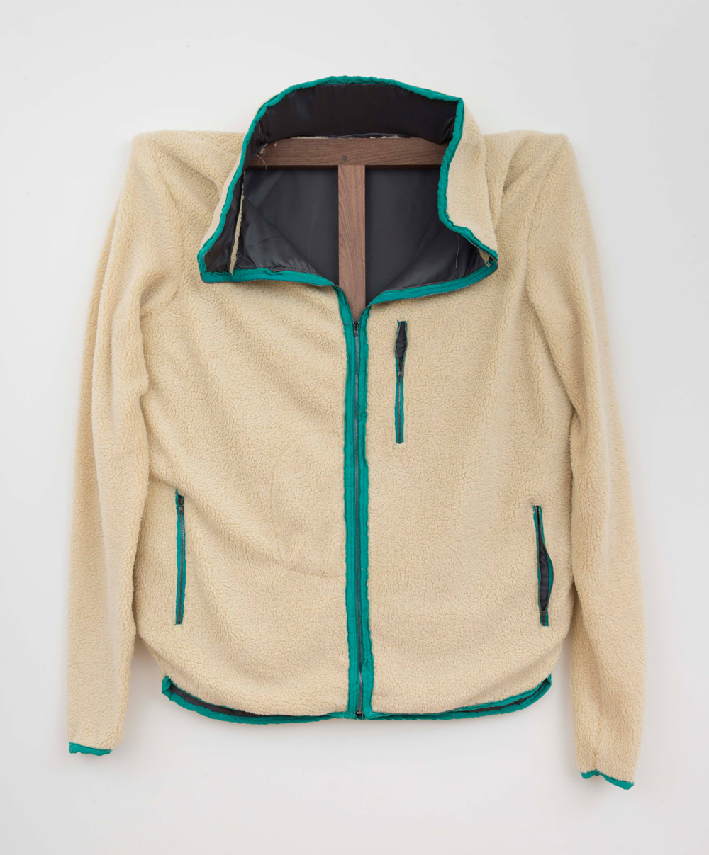 Patagonia Fleece (Green piping), 2015, 117 x 101,5 Mixed textiles on walnut stretcher
