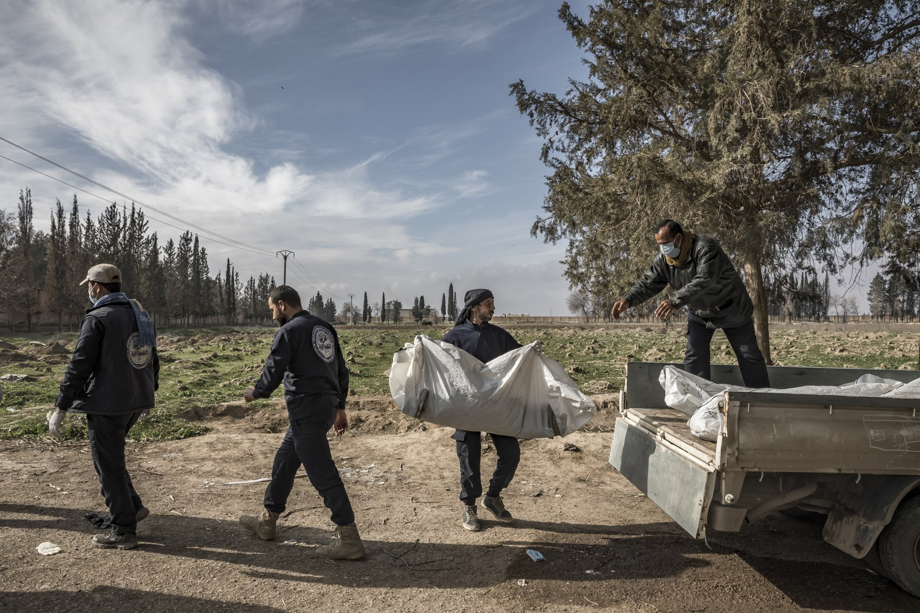 The Body Pullers of Syria - WIRED