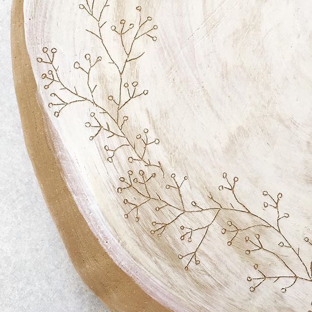 Large hand-made platter with botanical illustration. White and terracotta. More on the way. Creating enough platters to do a firing. Then open my online store. Yay! #australianpottery #australianceramics #begavalley #bega #tathra #handbuiltpottery #handmadeinaustralia