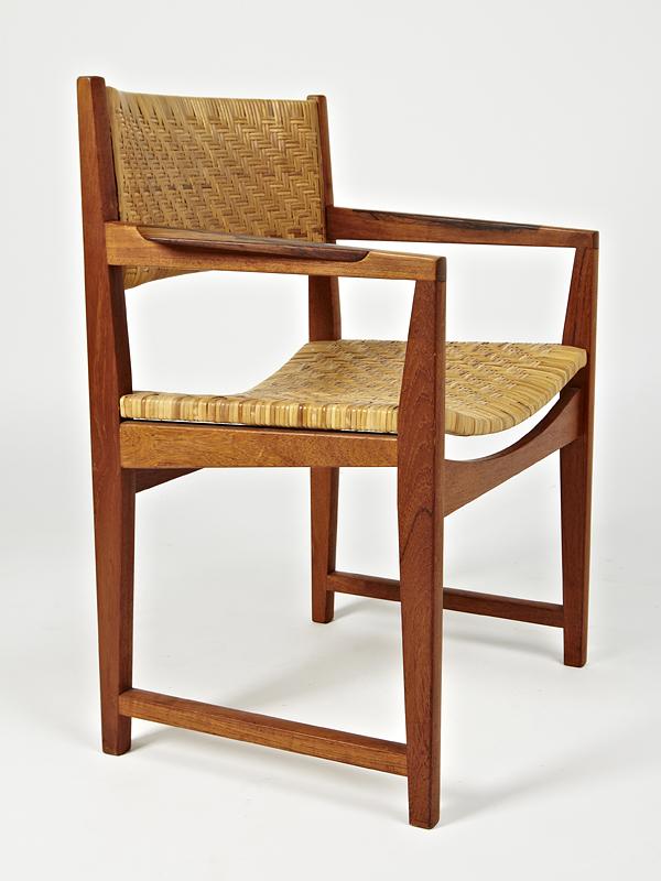 H Molgaard 1950s Carver   • made 1950-69    •