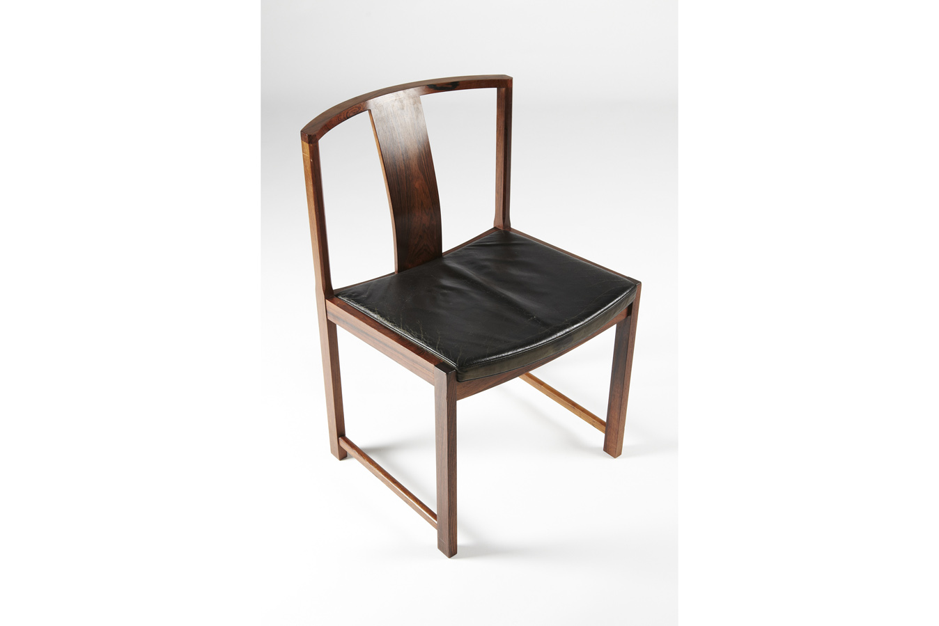 SE Rasmussen dining chair1_resize_gallery_block.jpg