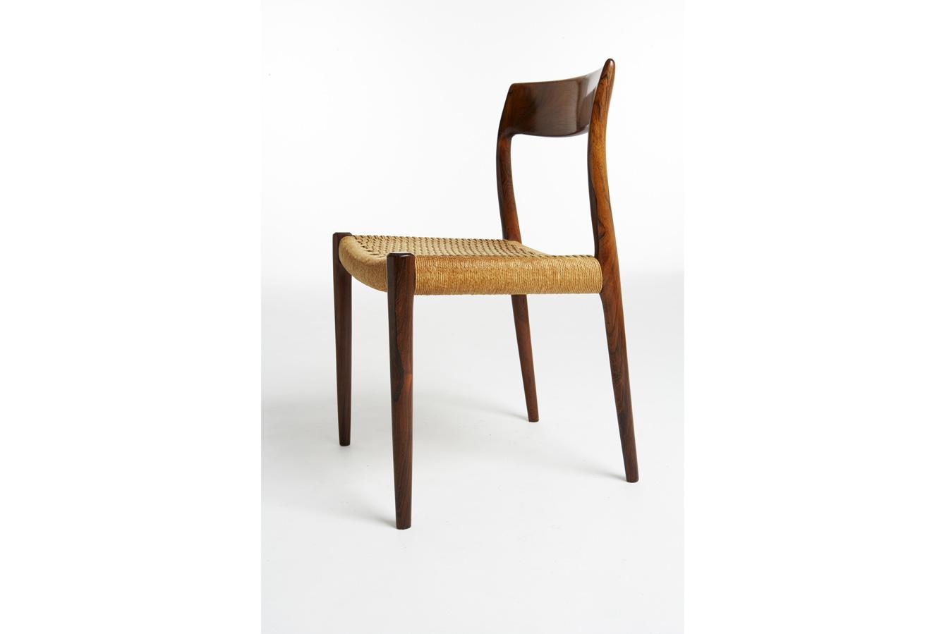 NOM58S-1 Cord Seat made of impregnated wood fiber set of 4_resize_gallery_block.jpg