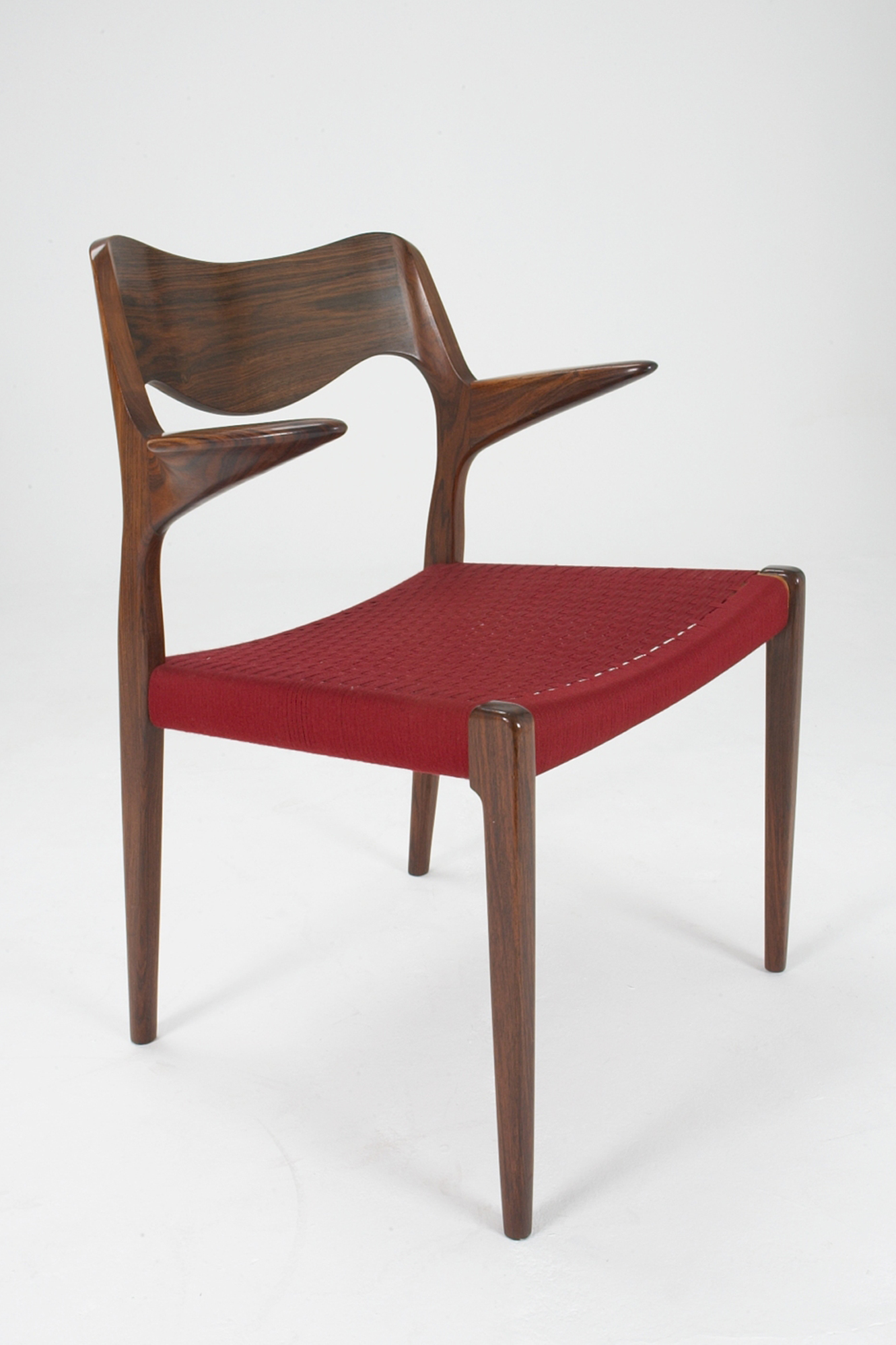 N O Moller 1951 Carver   • made 1951-69    •