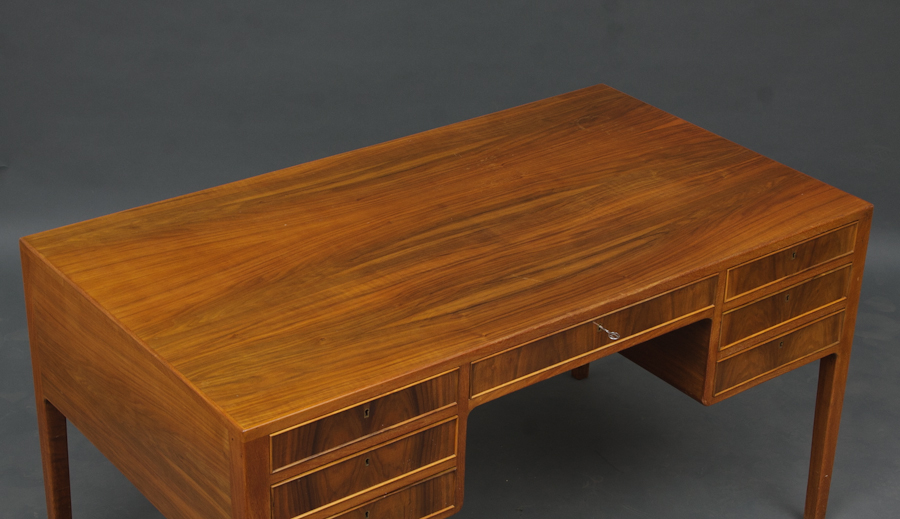 11 danish vintage walnut desk 75x140x78cm p3.jpg