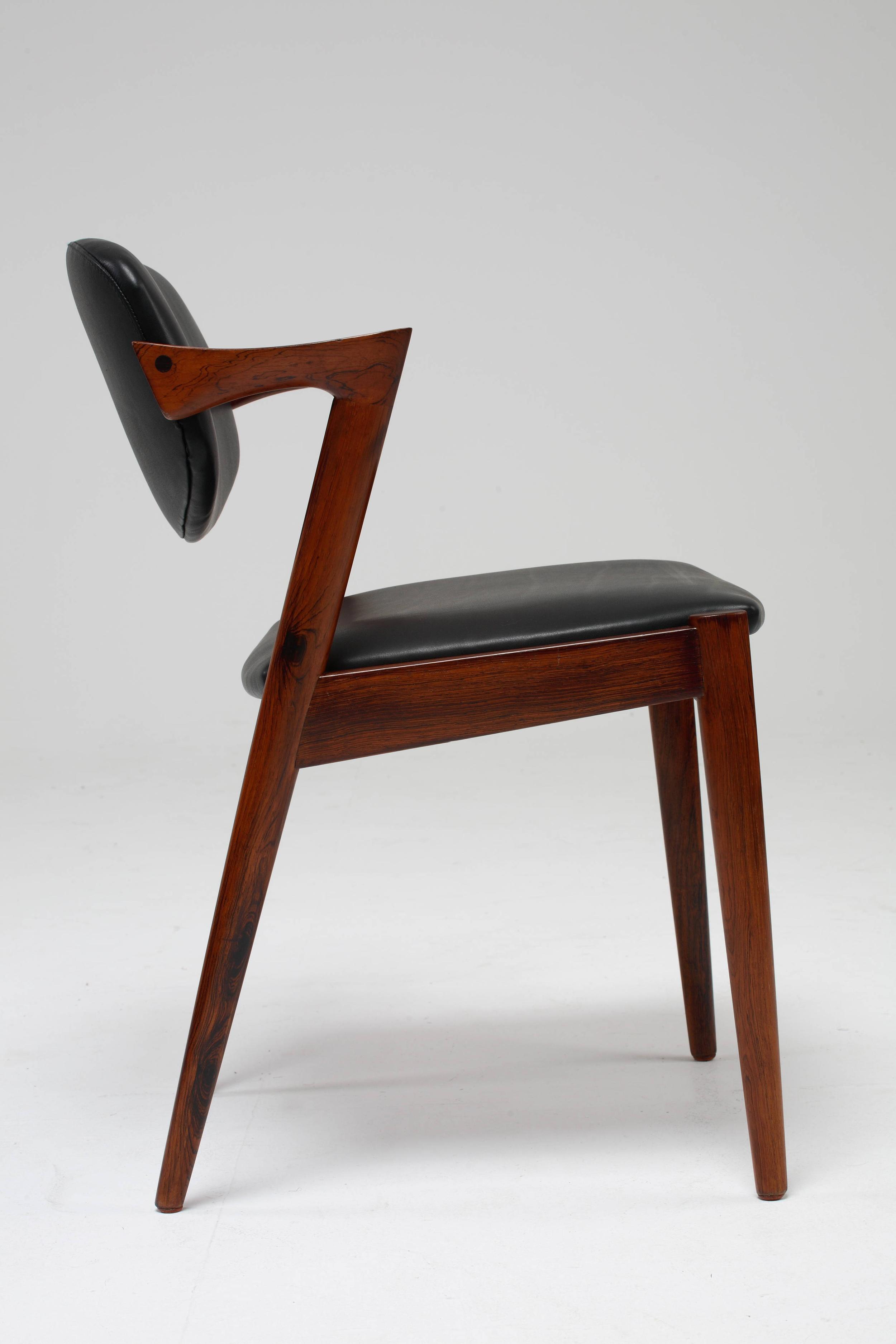 Chair_10_008_cleaned.jpg
