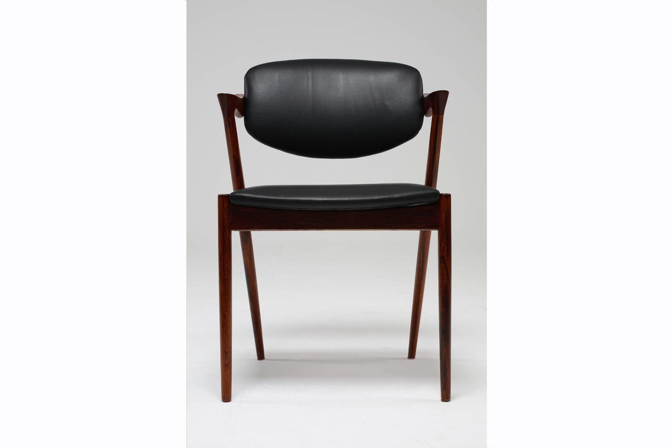 Chair_10_001_cleaned_gallery_block.jpg