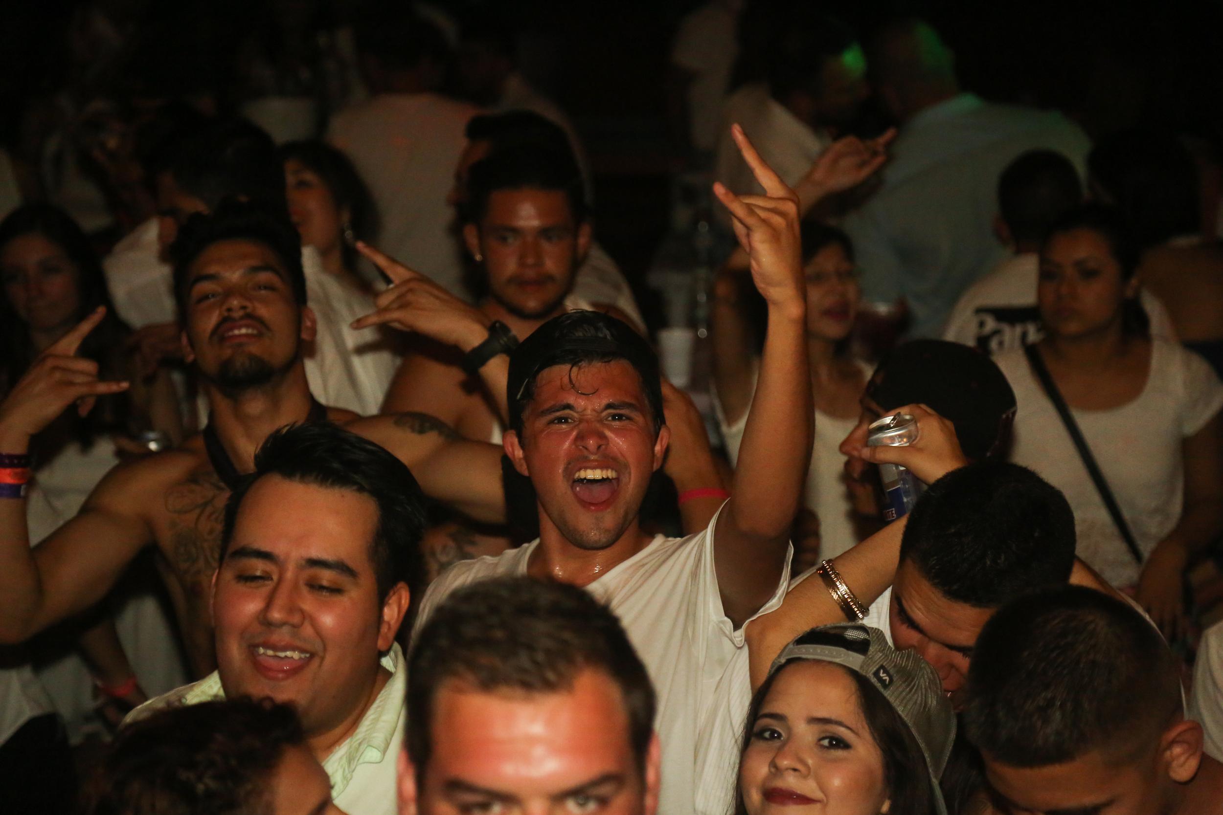 P&B- White Party 129.jpg