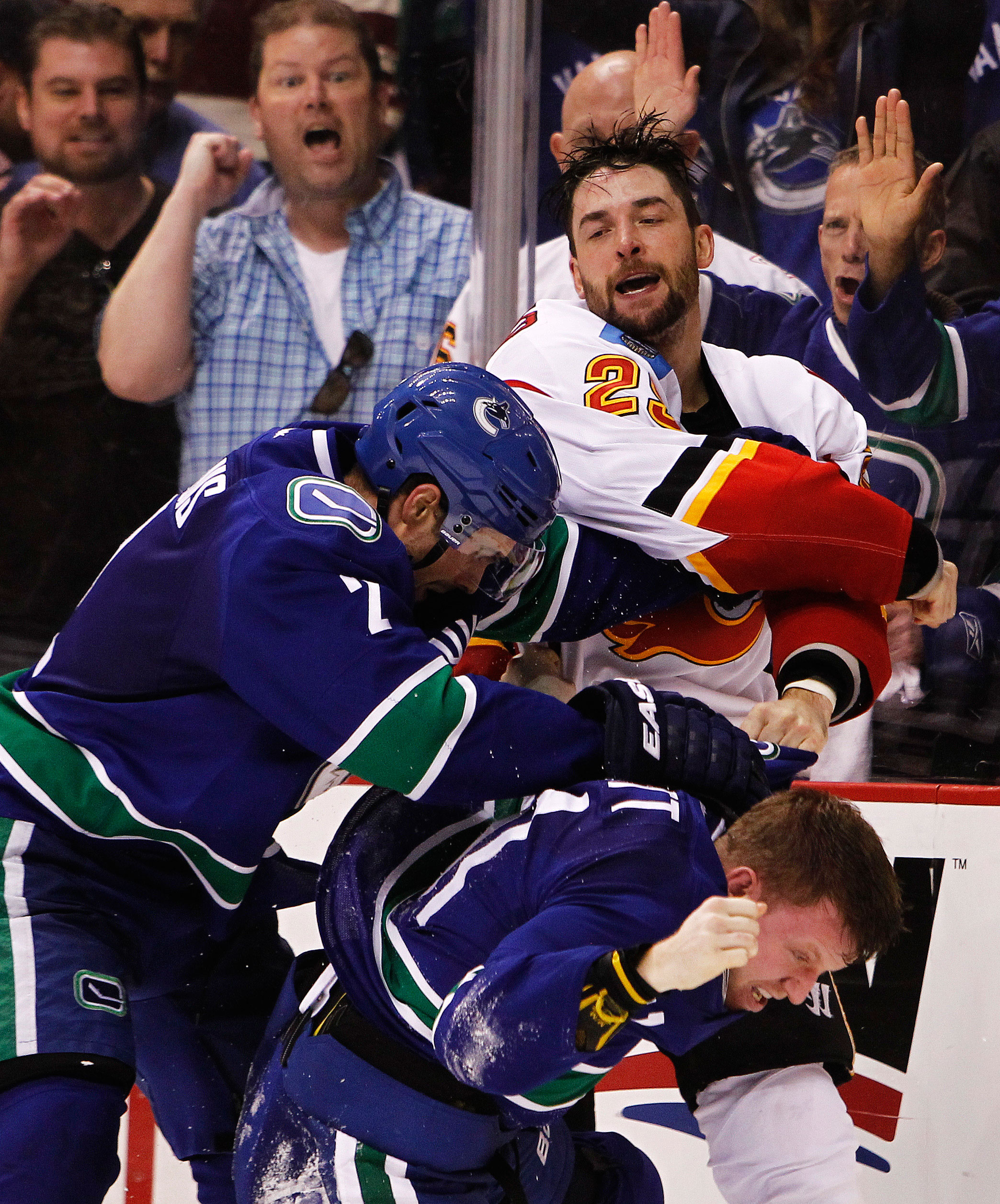 April17.CanucksFlames7081s.jpg