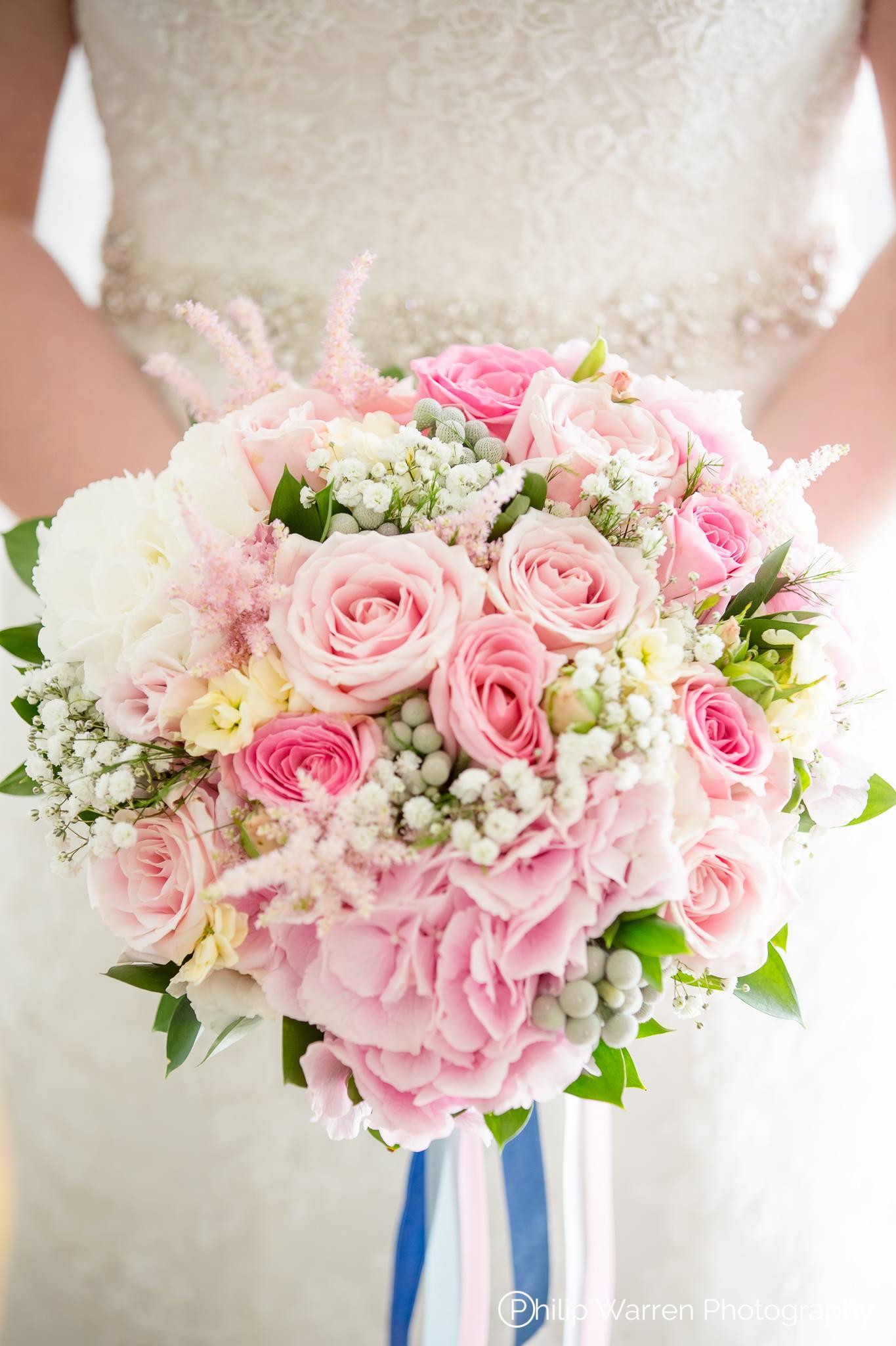 brides flowers by hilarys floral design .jpg