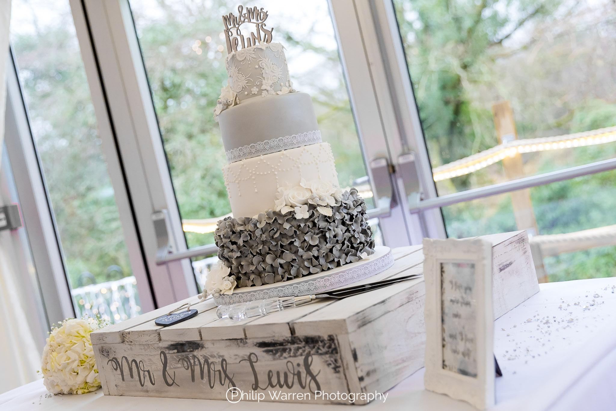 Wedding Cake Design by Jan.jpg