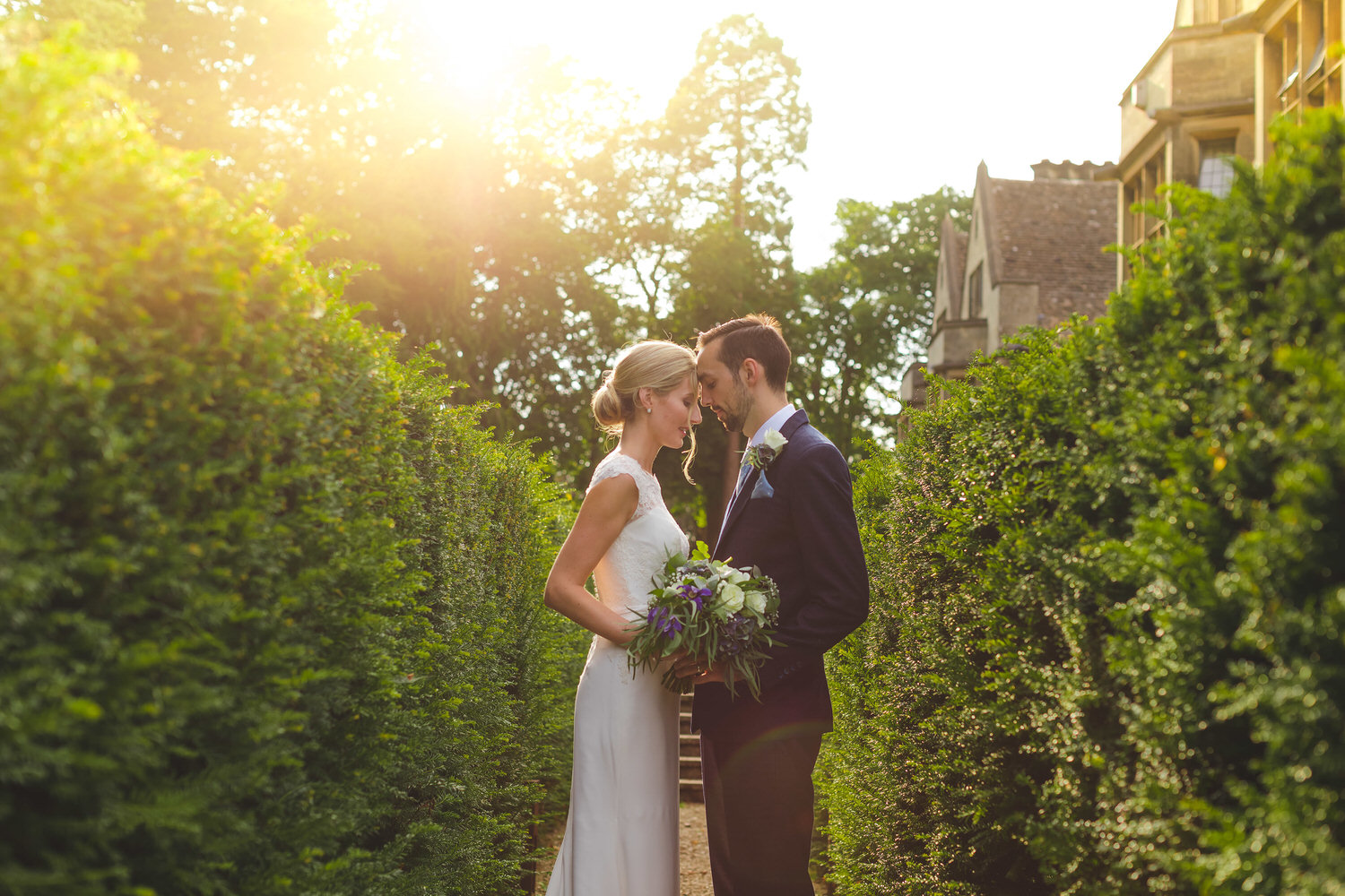 bride and groom wedding photos at coombe lodge blagbdon
