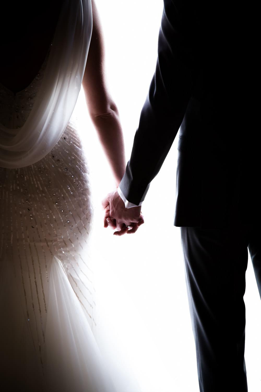 bride and groom siihouette
