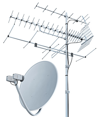 two television antennas (source: Fotolia)