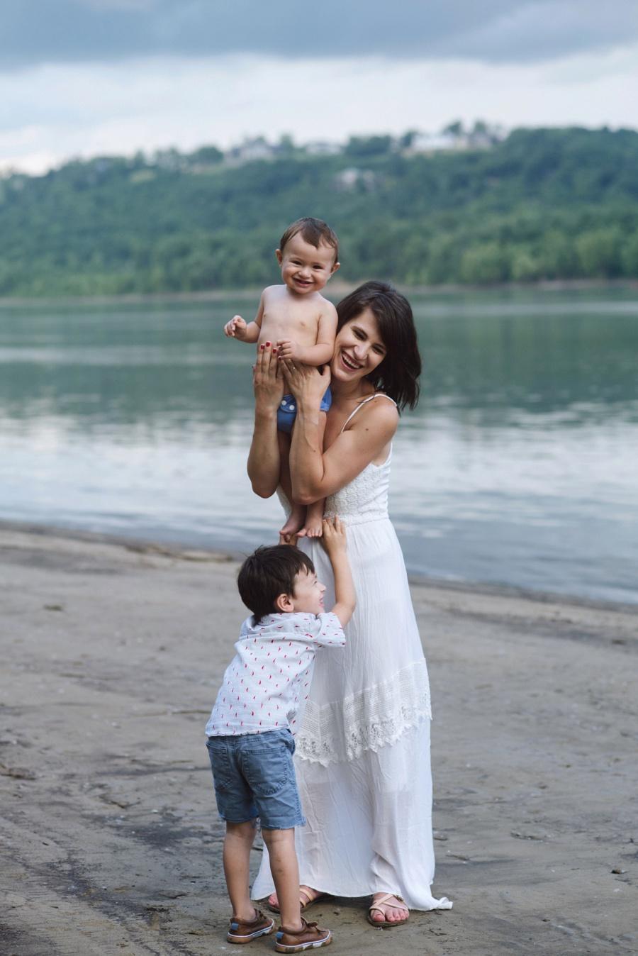 familyphotoscincinnati_nikitagross_0563.jpg
