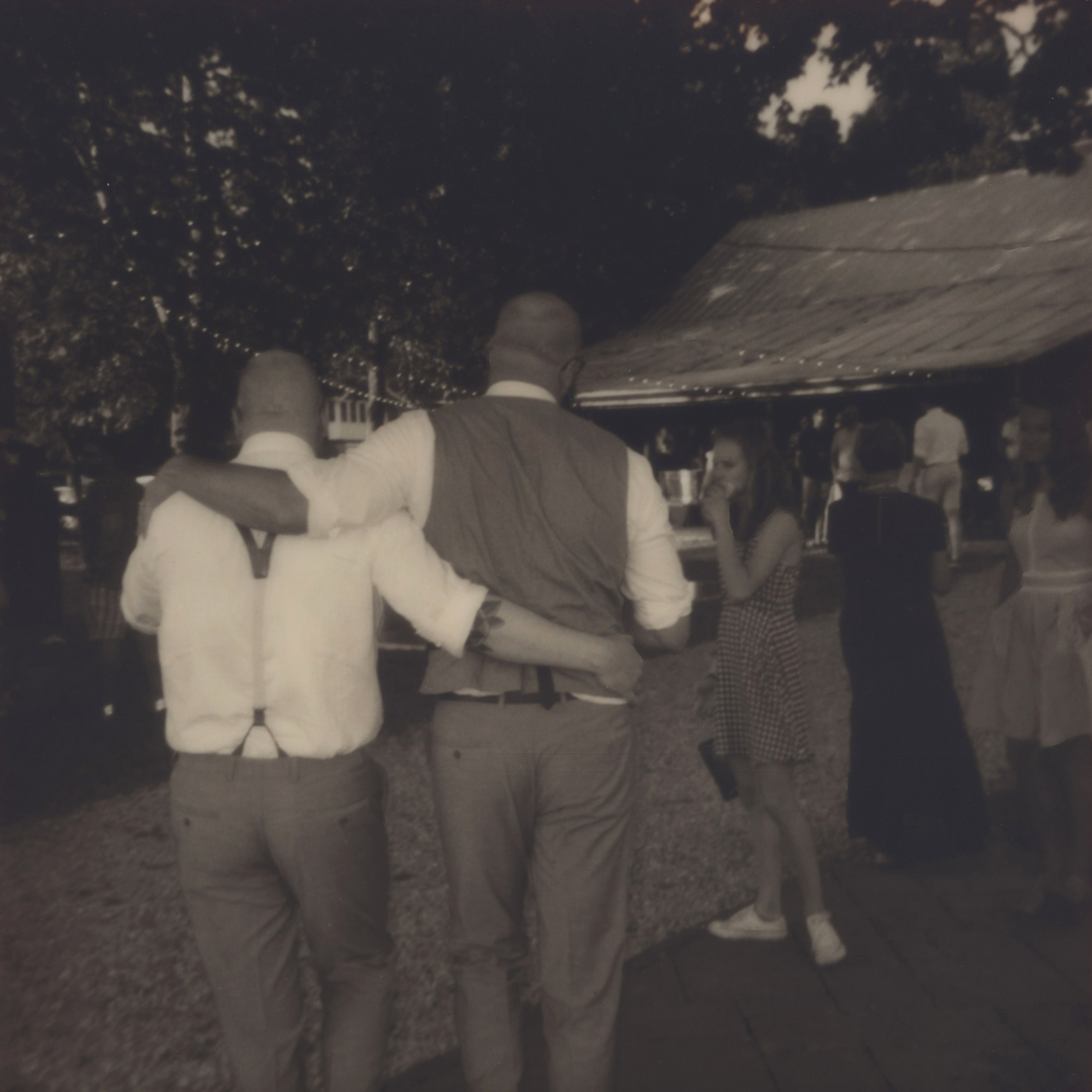 polaroidoriginal_nikitagross_weddinga.jpg
