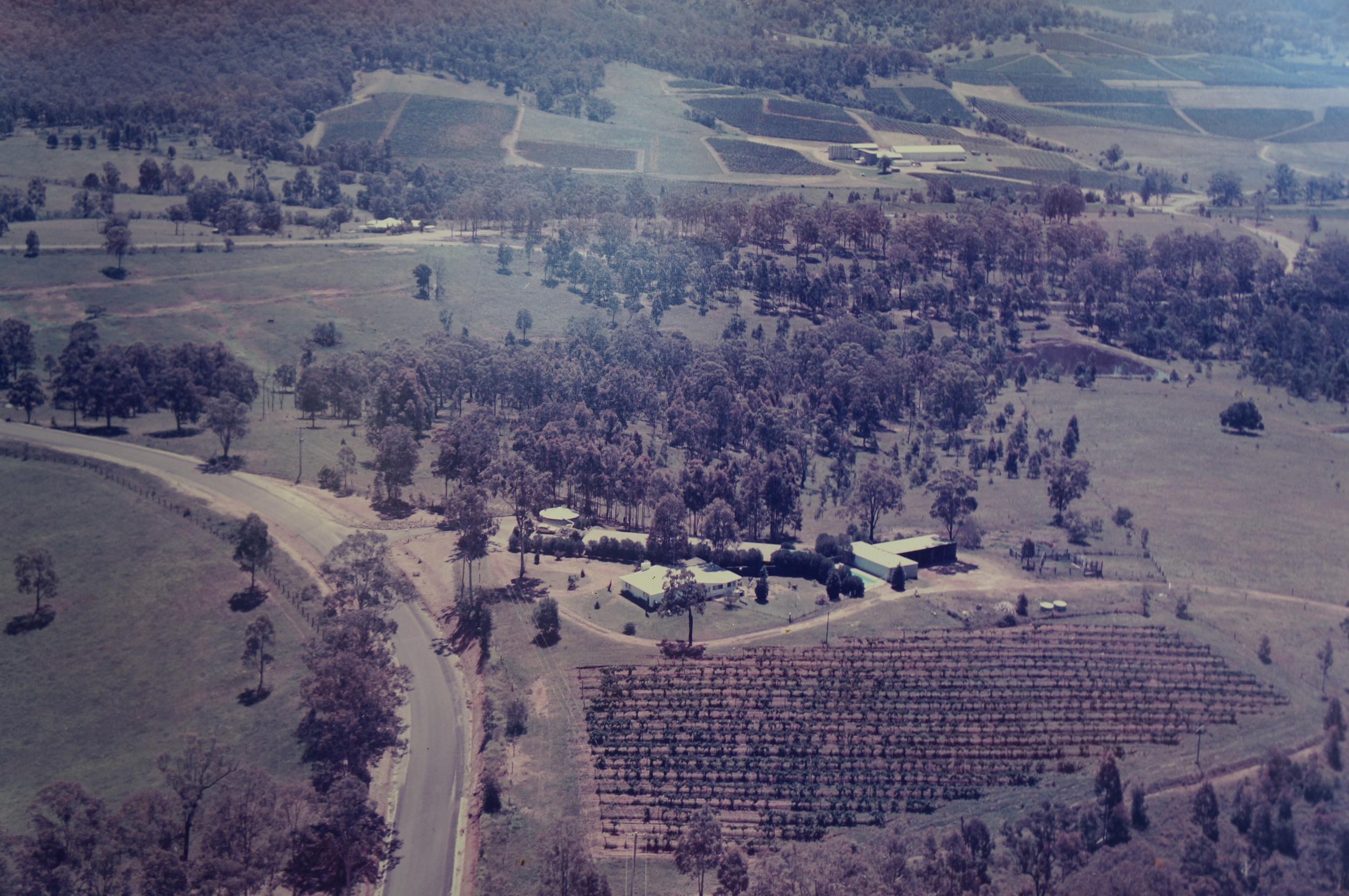 Arial view of Elfin Hill circa 1972