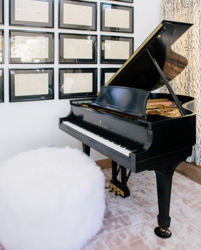 pouf with piano1.jpg