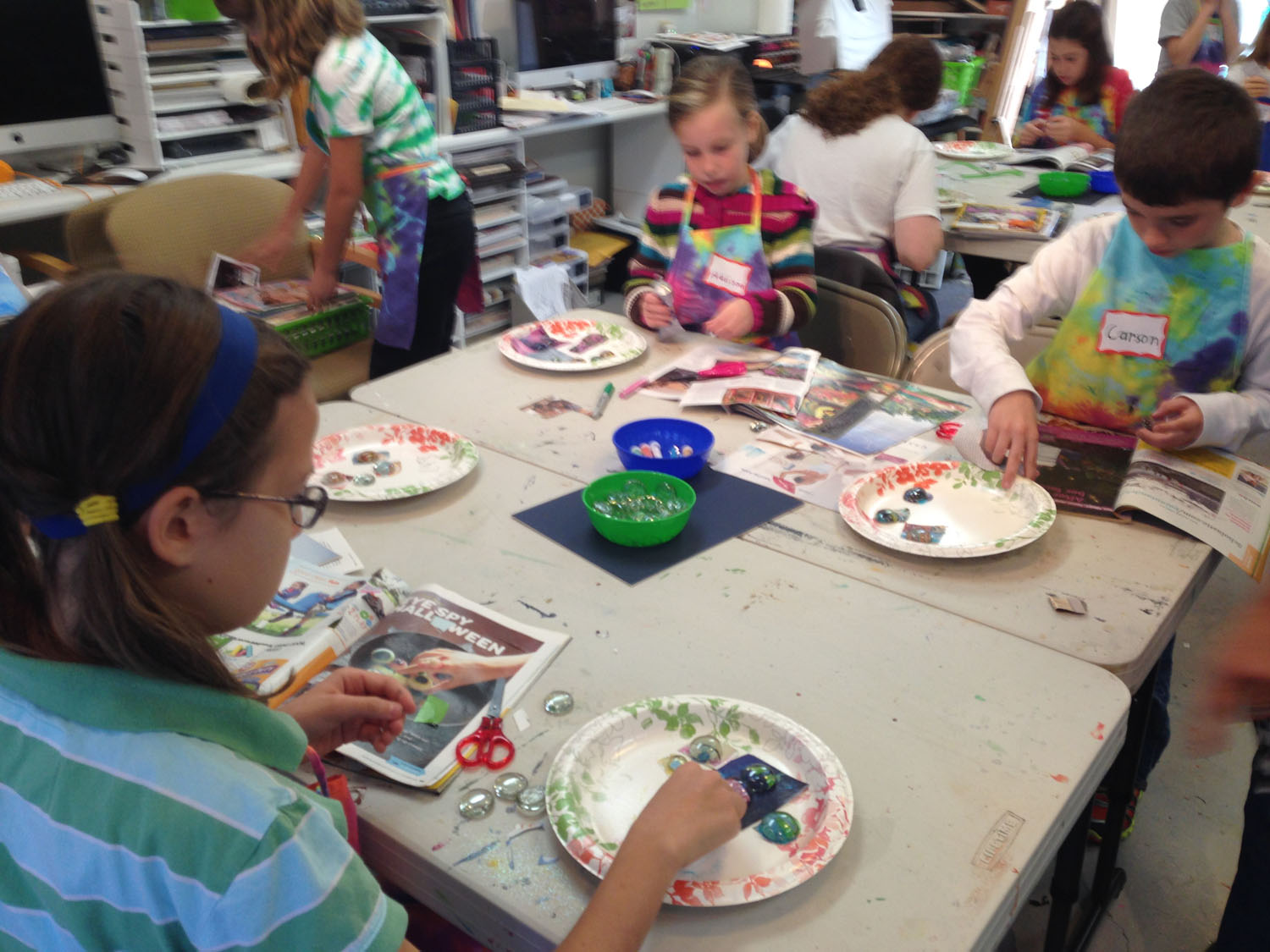 kids-working-on-camp-projects-at-art-by-tjm-studio-img_7146.jpg