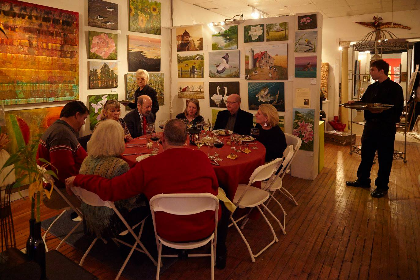 canvas-and-cuisine-at-artmongerz-greensboro-tracey-marshall-collaboration-event-11.jpg